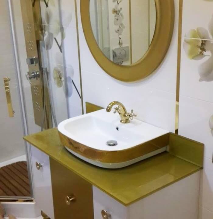 Akrilik Kapaklı Banyo Dolabı